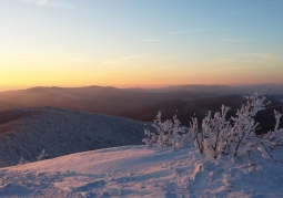 Zdjęcie: Lutowy zachód słońca z Małej Rawki