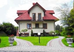 '111' Pokoje i domki całoroczne