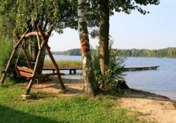 Spokój nad jeziorem