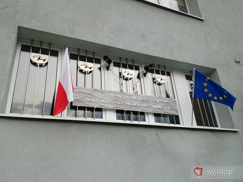 Muzeum Miniaturowej Sztuki Profesjonalnej Henryk Jan Dominiak widok zew.
