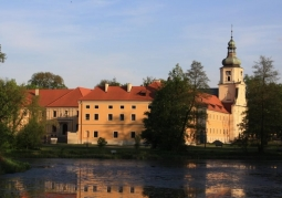 Pocyterski Zespół Klasztorno-Pałacowy w Rudach - Rudy