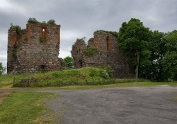 Ruiny Zamku Krzyżackiego - Papowo Biskupie