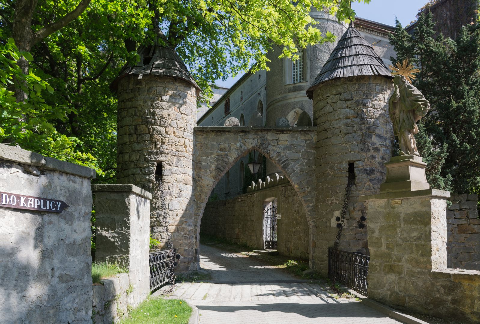 Zamek Leśna Skała