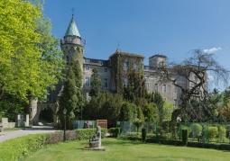 Zamek Leśna Skała - Szczytna