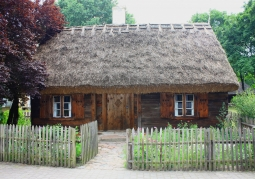 Chałupa z połowy XIX w.