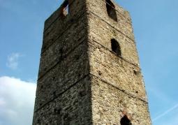 Wieża obronna w Stołpiu