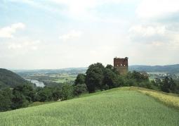 Widok ruin z oddali