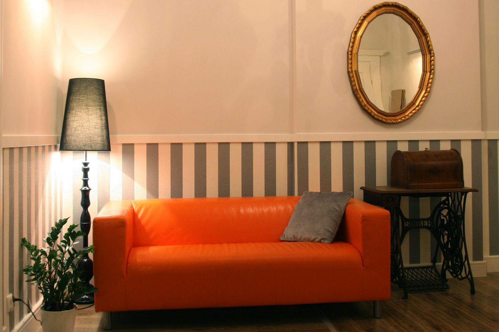 Blooms Hostel, Inn & Apartments