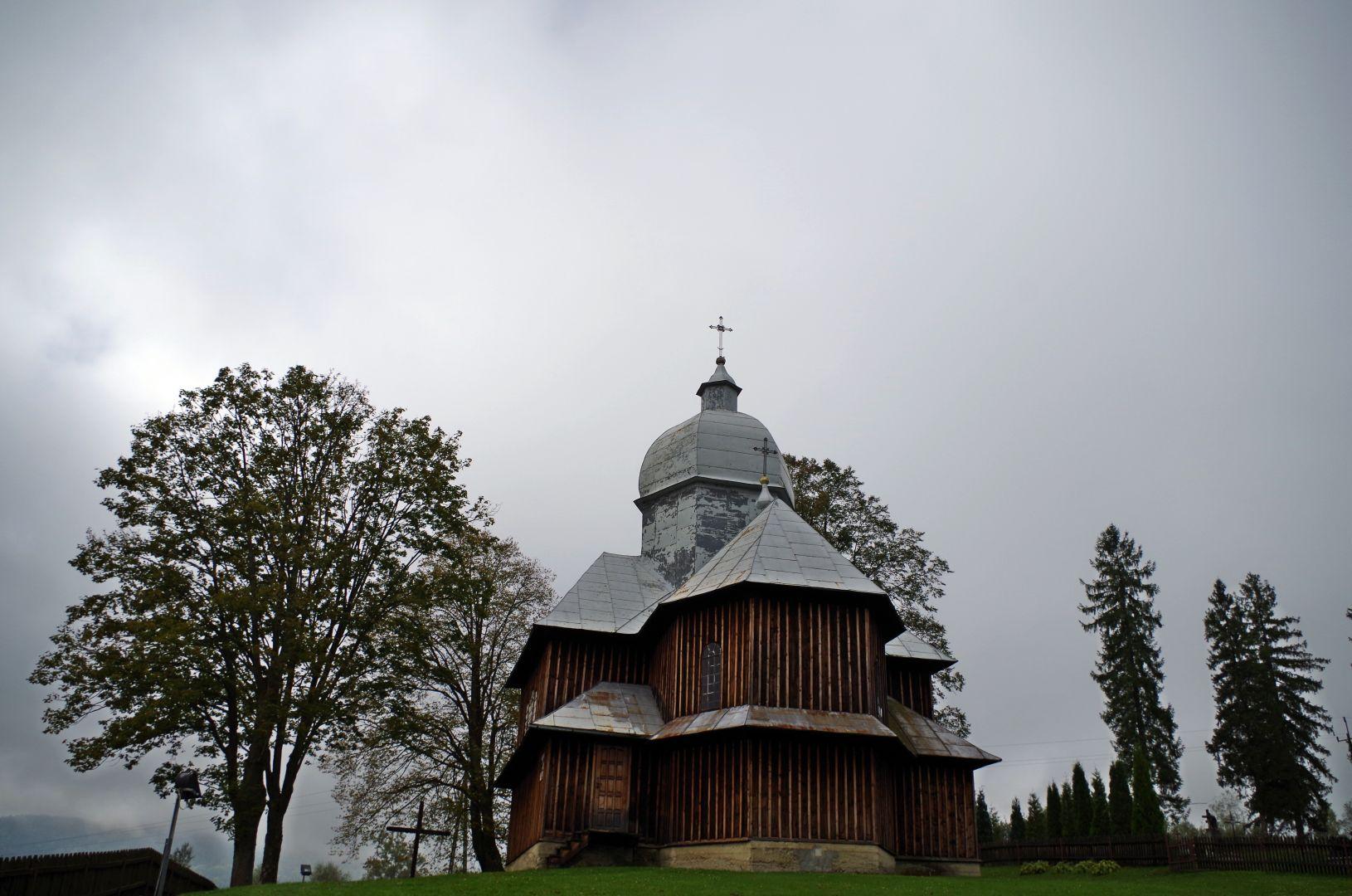 Cerkiew, widok z oddali