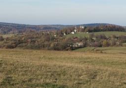 Widok na klasztor z Połoninek Kalwaryjskich
