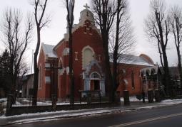 Kościół, widok z oddali