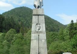 Pomnik generała Świerczewskiego