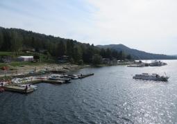 Widok na jezioro z zapory