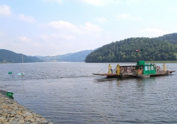 Jezioro Czchowskie tafla