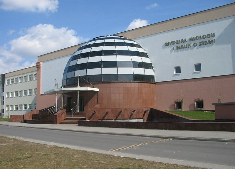 Budynek Wydziału Biologii i Nauk o Ziemi Uniwersytetu Mikołaja Kopernika