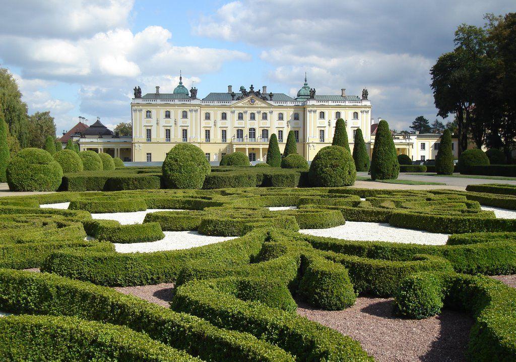 Pałac i otaczające go ogrody