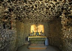 Kaplica Czaszek - Czermna