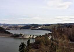 Widok na jezioro Czorsztyńskie z zamku
