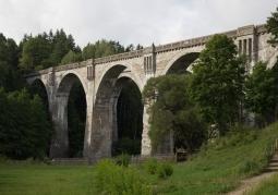 Zabytkowy most w Stańczykach