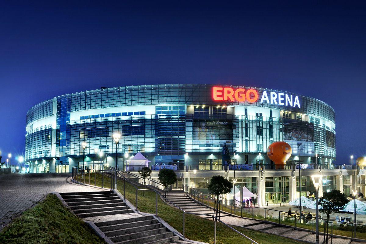 Ergo Arena po zmierzchu