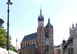 Zdjęcie: Kościół Mariacki z oddali