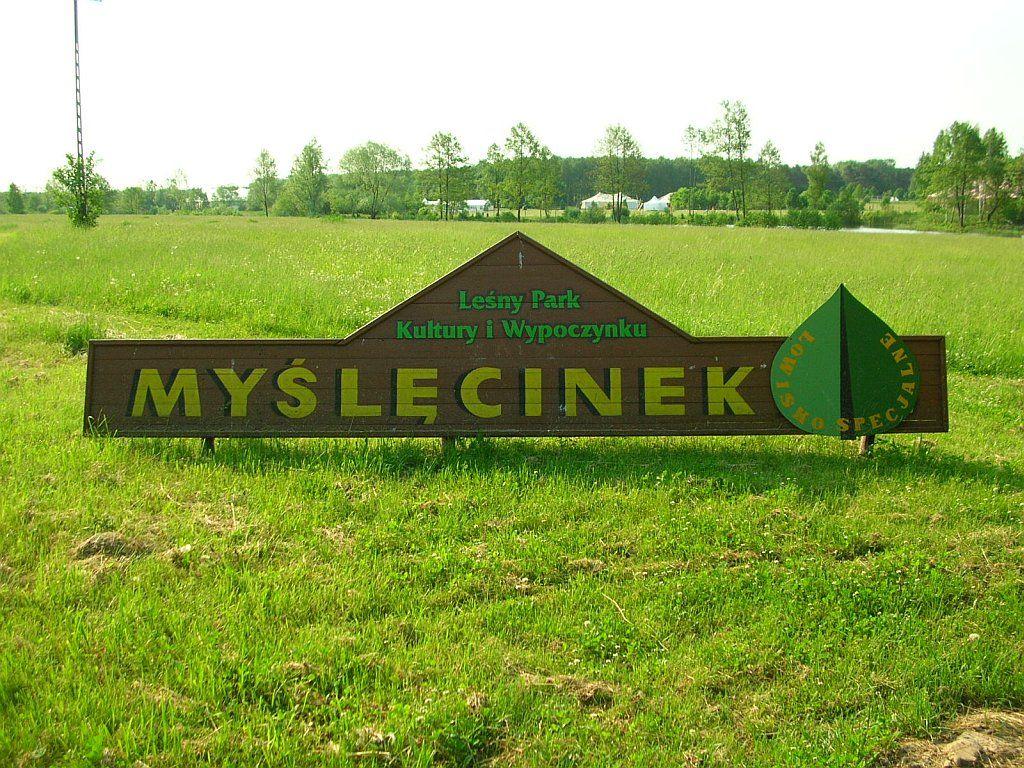 Tablica z nazwą parku
