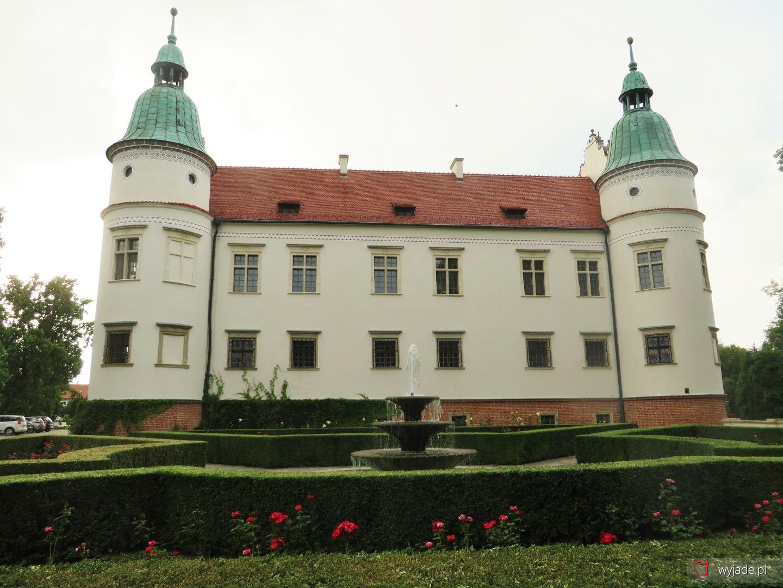 Zespół Zamkowo - Parkowy rodu Leszczyńskich