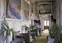 Wnętrze renesansowego zamku