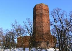 Widok wieży zimą