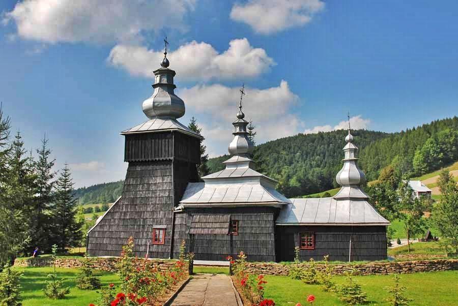 Greckokatolicka cerkiew z trzama wieżami