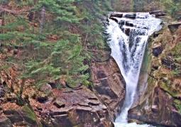 Wodospad Szklarki wiosną