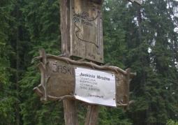 Szlak prowadzący do Jaskini Mroźnej